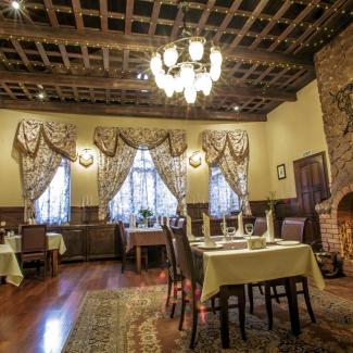 Старый зал